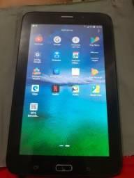 Vendo tablet TAB E ou troco por tv portátil digital