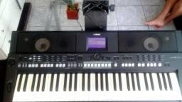 Título do anúncio: teclado Yamahara psrS650