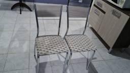 Título do anúncio: Duas cadeiras de jantar novas