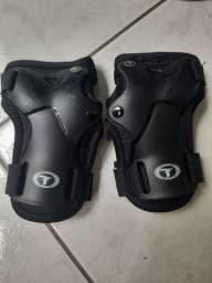 Título do anúncio: Equipamento de proteção patins Savana