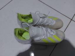 Chuteira Adidas X 18