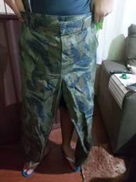 Conjunto roupa militar