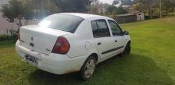 Clio 2002 1.0 4 portas