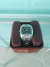 Título do anúncio: Relógio Technos golf pulseira de prata!!!