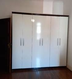 Título do anúncio: Guarda roupa branco 6 portas 4 gavetas