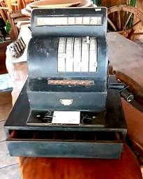 Caixa Registradora anos 40 / Relíquia