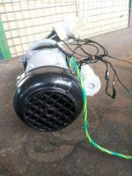 Bomba d'água Reversa + de 3000L/h