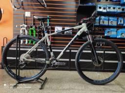 Título do anúncio: Bicicleta aro 29 Sense Semi nova Rock Evo 2021 tam 19 deore 10 velocidades