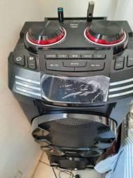 Vende-se uma caixa acústica Philco pcx2000 1800w Bluetooth