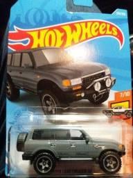 Título do anúncio: Hot Wheels Toyota Land Cruiser 80