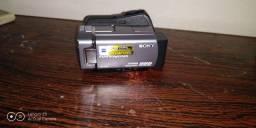 Vendo filmadora Sony 40 giga zom óptico 25 vezes