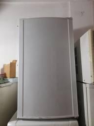 Título do anúncio: Vendo frigobar eletrolux