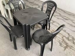 Título do anúncio: Tenho jogo de mesa preta no atacado pra restaurante