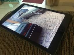 Tablet IPad Air Wi-Fi e celular muito novo