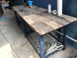 Bancada de trabalho mecanico madeira