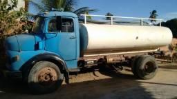 Vendo caminhão pipa com ou sem tanque