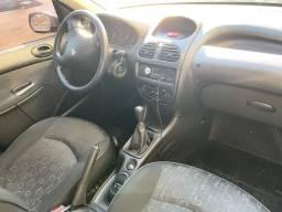 Peugeot Presence 1.4 - 2008