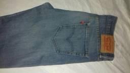 2 calças masculinas da levis número 40,por 80 reais as duas