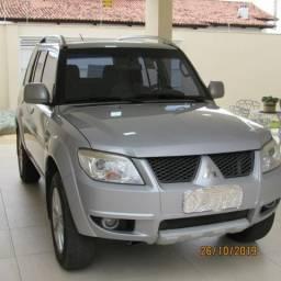 SUV / Utilitario Pajero TR4 2012 Automatico 4x2 completo - 2012