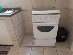 Vende-se fogão