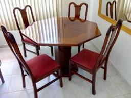 Sala de jantar mesa e bar