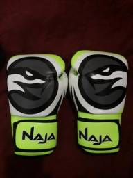 Luva Muay Thai e Boxe