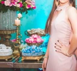 Vestido nude semi-novo, ótima conservação e veste muito bem! Modelo elegante e sofisticado