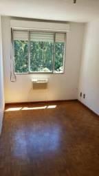 Apartamento um dormitório, bairro Alto Petropolis