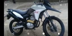 Vendo moto xre2013 - 2013