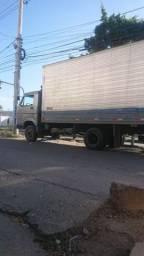 Caminhão baú 7-90 - 1987