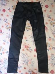 Calça de Couro Feminina  Tam 36, veste 34
