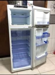 Geladeira/refrigerador