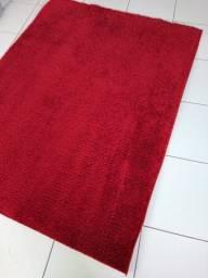 Tapete vermelho felpudo