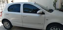 Título do anúncio: Toyota Etios 1.3x 2014 branco perolizado