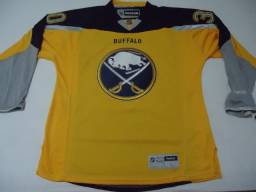 Título do anúncio: nhl - Camisa Do Buffalo Sabres - Ryan Miller #30 - Tam G - Zerada - Original - Reebok