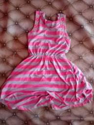 Dois vestido Tam 14 e outro M