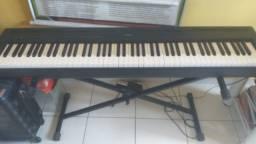 Título do anúncio: Piano Digital P-95