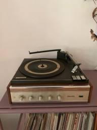 Título do anúncio: Vitrola Philips 547