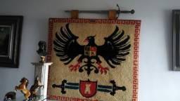 Tapete Medieval de Parede com Espada