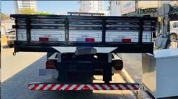 Título do anúncio: Caminhão Cargo 712 2007<br><br><br>