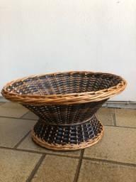 Fruteira /  centro de mesa artesanal