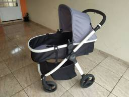 Carrinho Burigotto + base + bebê conforto em ótimo estado