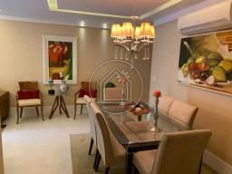 Título do anúncio: Amplo apartamento 140m²; 4 quartos, 2 suítes no Ingá - Niterói - RJ