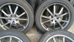 Vendo jogo de rodas aro 17 com pneus para Golf