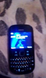 Nokia dois chips vai com carregador e fone