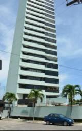 Apartamento no Brisamar com 04 quartos, sendo 04 suítes + DCE e varanda.
