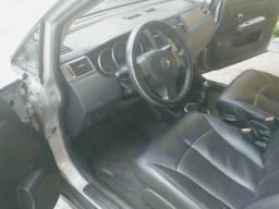 Nissan tiida S 2008