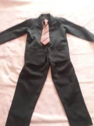Terno infantil com gravata