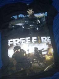 blusas do FREE FIRE uma é M ea outra e GG