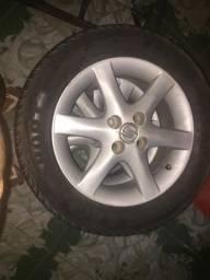 JOGO DE RODAS aro15, furação 4x100, pneus novos - 2008